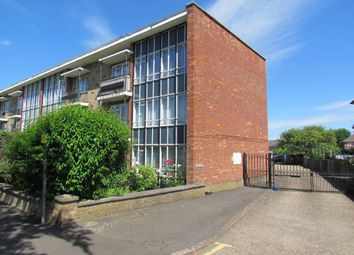 Thumbnail 2 bed flat for sale in Heaton Court, Cheshunt
