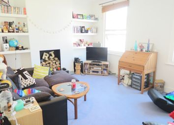 Thumbnail 1 bed flat to rent in Cochrane Road, Wimbledon