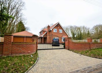 Thumbnail 3 bed detached house for sale in Gardiners Lane North, Crays Hill, Billericay