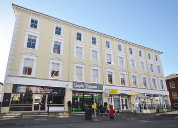 2 bed flat to rent in South Street, Eastbourne BN21