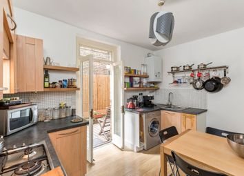 2 bed flat for sale in Coldharbour Lane, London SE5