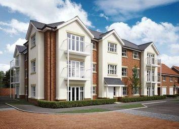 2 bed flat for sale in Osprey House, Hurst Avenue, Blackwater GU17