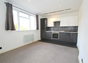 Thumbnail 2 bed flat to rent in Sea Road, Boscombe, Bournemouth