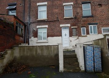 Thumbnail 2 bed flat to rent in Roundhay Road, Leeds