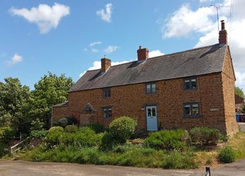 Thumbnail 3 bed farmhouse to rent in Barford St Michael, Oxfordshire