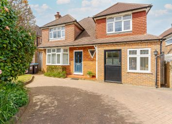 Godstone Road, Bletchingley, Redhill RH1. 5 bed detached house for sale