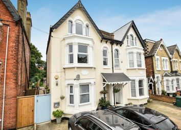 Thumbnail 3 bed flat for sale in Beaconsfield Road, London N11,