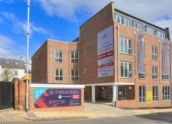 Thumbnail 1 bed flat to rent in Victoria Street, St Albans, Herts