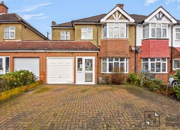 Thumbnail Property for sale in Links View Road, Croydon