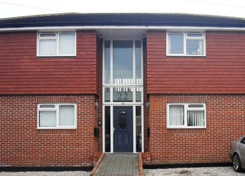 2 bed flat to rent in Oakdale Road, Herne Bay CT6