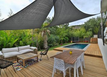 Thumbnail Villa for sale in Hyeres, Provence Coast (Cassis To Cavalaire), Provence - Var