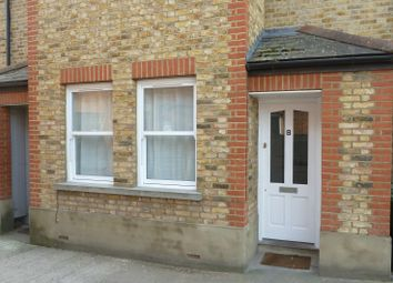Thumbnail 1 bed flat to rent in Walton Road, East Molesey