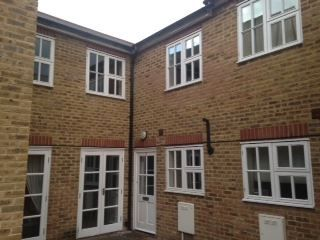 Thumbnail 3 bedroom mews house to rent in Shipton Mews, Beacon Road, London