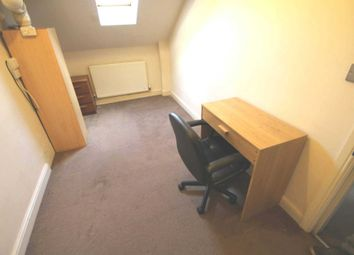 Thumbnail Room to rent in Middleton Road, Royton, Oldham
