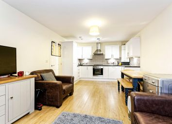Thumbnail 2 bed flat to rent in Windermere Gate, Bracknell
