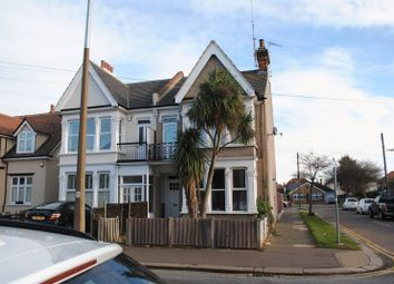 Thumbnail 1 bed flat to rent in Hamstel Road, Southend-On-Sea