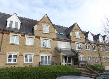 Thumbnail 1 bed flat to rent in Anglian Close, Watford