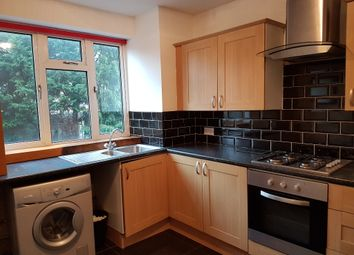 Thumbnail 1 bed flat to rent in Hillyfields, Loughton