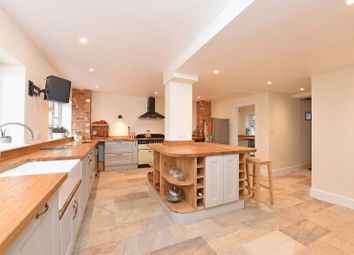 Thumbnail 4 bedroom detached house for sale in Basingstoke Road, Spencers Wood, Reading