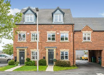 3 bed town house for sale in Silverlight Grove, Oldbury B69