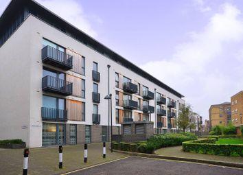 Thumbnail 3 bed flat to rent in City Walk, Bermondsey