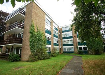 Thumbnail 2 bedroom flat to rent in Abbots Park, St Albans