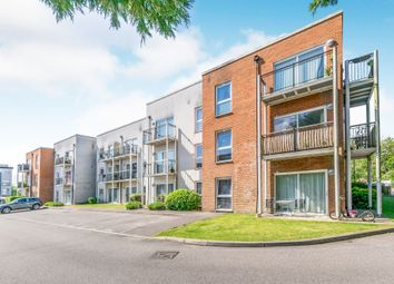 Thumbnail Flat for sale in Thornton Side, Redhill