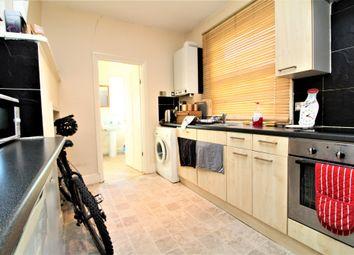 Thumbnail 1 bed flat to rent in Larkbere Road, Sydenham