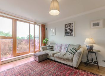 Thumbnail 3 bed flat for sale in Southgate Road, Islington