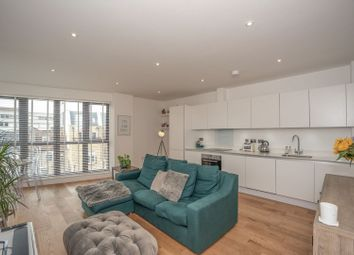 5 Waleorde Road, Elephant & Castle SE17. 2 bed flat