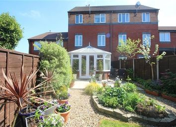 Thumbnail 4 bed property for sale in Stratfield Place, Leyland