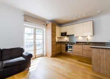 1 bed flat to rent in Gloucester Road, South Kensington, London SW7