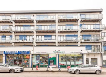 3 bed maisonette to rent in Thessaly Road, Battersea SW8