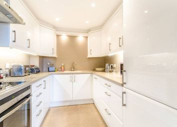 Thumbnail 3 bedroom flat to rent in Hill House Mews, Bromley
