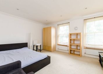 Thumbnail 1 bed flat to rent in Vassall Road, Oval