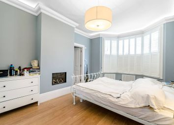 Thumbnail 3 bed flat to rent in Vale Of Health, Hampstead