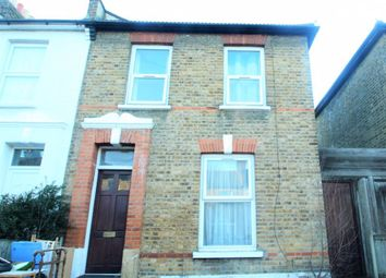 3 bed property to rent in Westbury Road, Ilford IG1