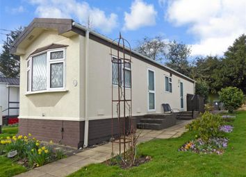 Thumbnail 1 bedroom mobile/park home for sale in Shipbourne Road, Tonbridge, Kent