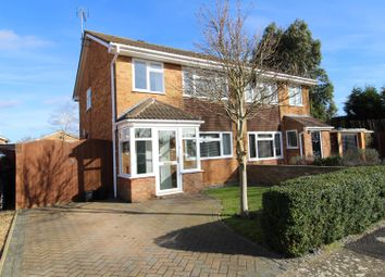 3 Bedrooms Semi-detached house for sale in Birkdale Close, Bletchley MK3