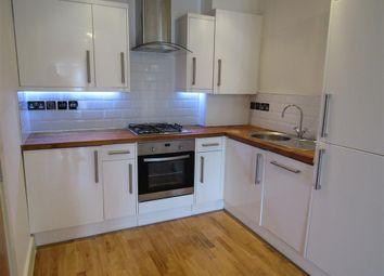 Thumbnail 1 bed flat to rent in Woodside Green, Woodside, Croydon