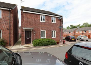 Thumbnail 2 bedroom flat for sale in Hetton Drive, Clay Cross, Chesterfield