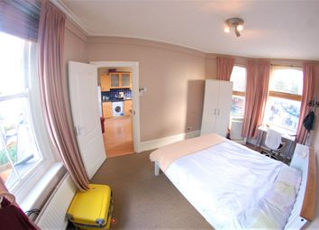 Thumbnail 2 bed shared accommodation to rent in Dorset Mansions, Fulham