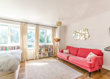 2 bed maisonette for sale in Amsterdam Road, Isle Of Dogs, London E14