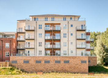 Thumbnail 1 bedroom penthouse for sale in Kingfisher Close, Warwick