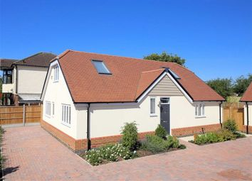 Thumbnail 4 bed property for sale in Mallards Place, Hastingwood, Essex
