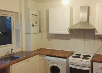 Thumbnail 5 bed shared accommodation to rent in Moncrieff Close, Cambridge