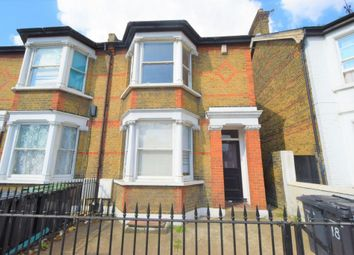 Wrotham Road, Gravesend DA11. 4 bed terraced house