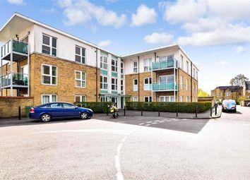 Nicholls Close, Caterham, Surrey CR3. 2 bed flat for sale