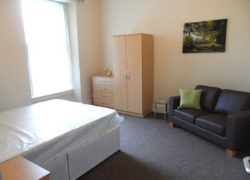 Thumbnail Room to rent in Station Road, Llanelli, Carmarthenshire.