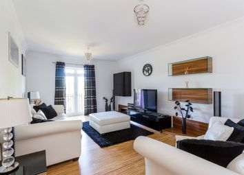Thumbnail 2 bed flat to rent in Regents Drive, Woodford Green